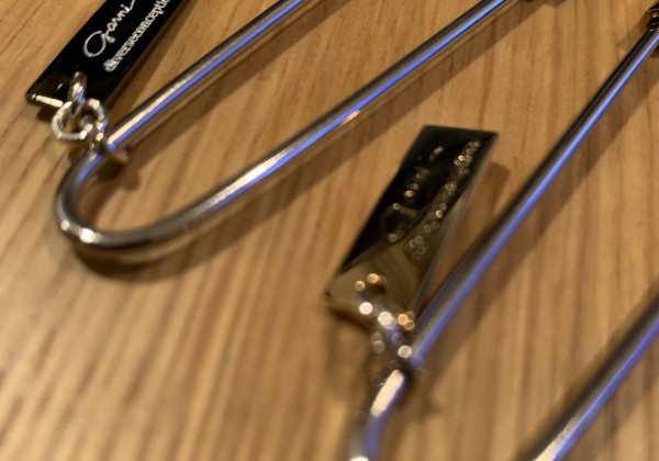 Safety Pin Pierce - GOLD / BLACK